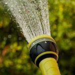 Le tuyau d'arrosage extensible : plus moderne et plus simple à utiliser